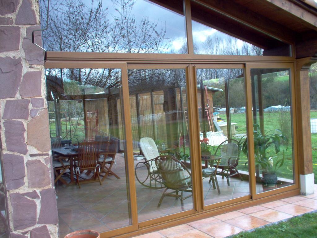 Porches de aluminio y madera  Aluminios Noin Gars
