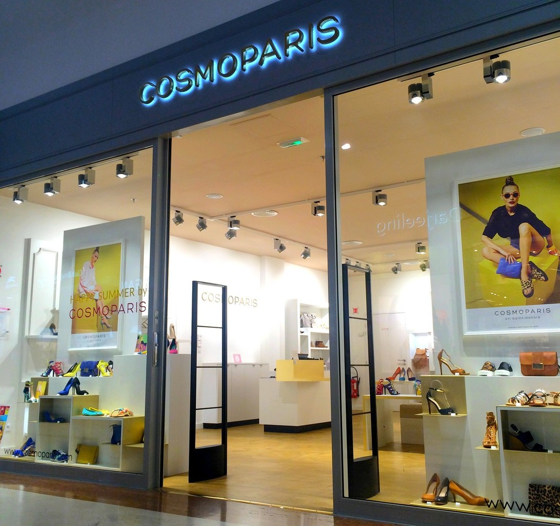 CHIC SEXY Amp GLAMOUR EN COSMOPARIS CHIC WITH CURVES