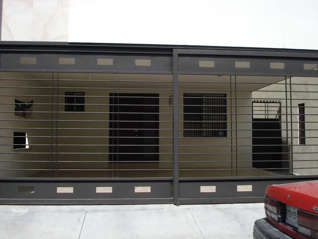 Puertas Para Cocheras Puertas Seccionales Para Cocheras