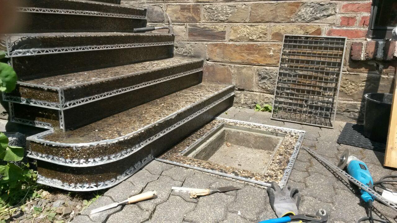 Waschbetontreppe mit Steinteppich sanieren  Fugenloser Boden Steinteppich