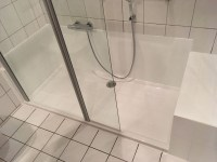 Aus Ihrer alten Badewanne wird ein gerumiges ...