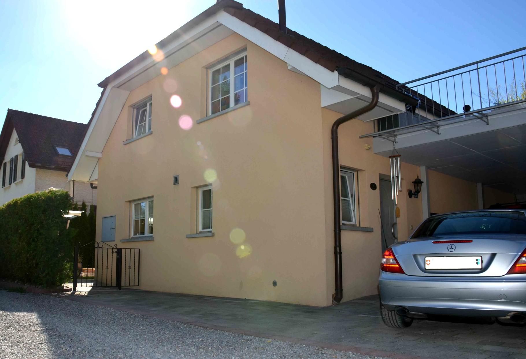 Exklusives, Sehr Gepflegtes 6 ½ Einfamilienhaus (1 ½ Zi