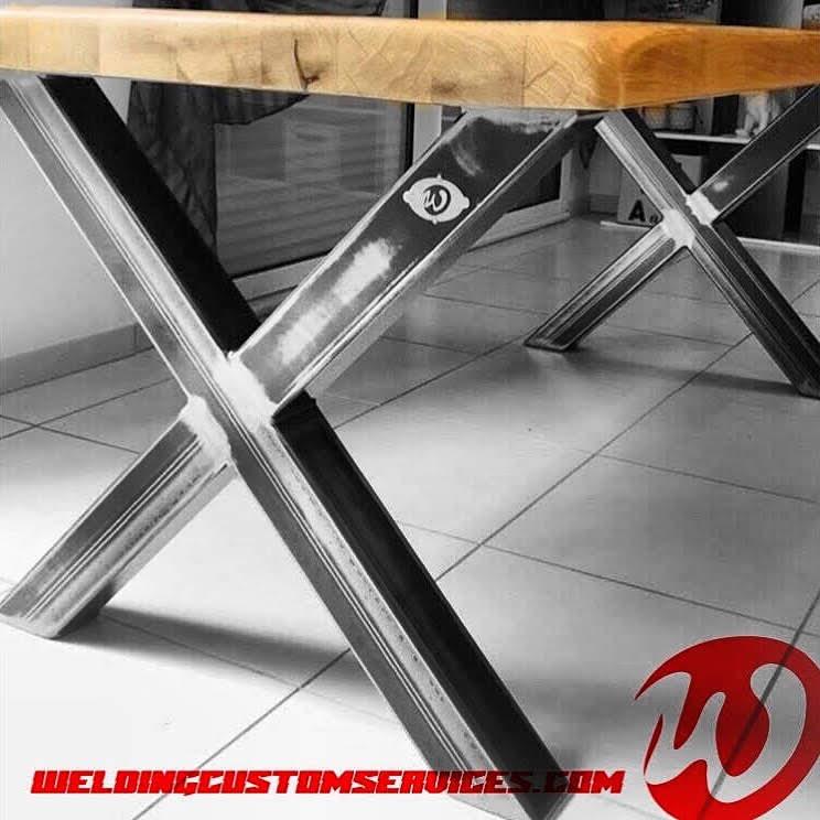 pieds de table bois