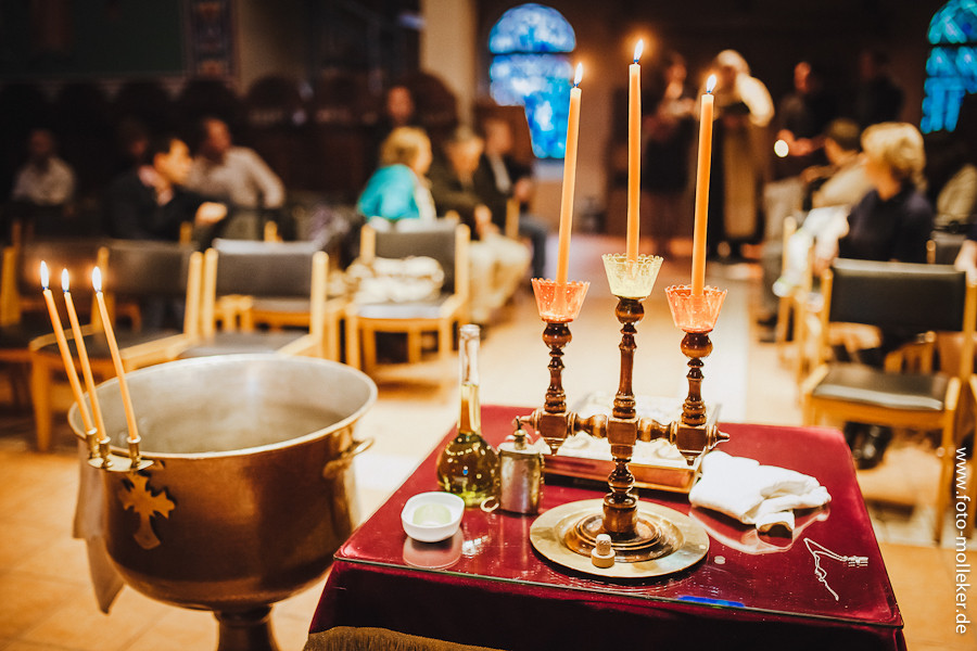 GriechischOrthodoxe Taufe in Brhl  Hochzeitsfotograf in Deutschland Kln  Bonn Fotostudio