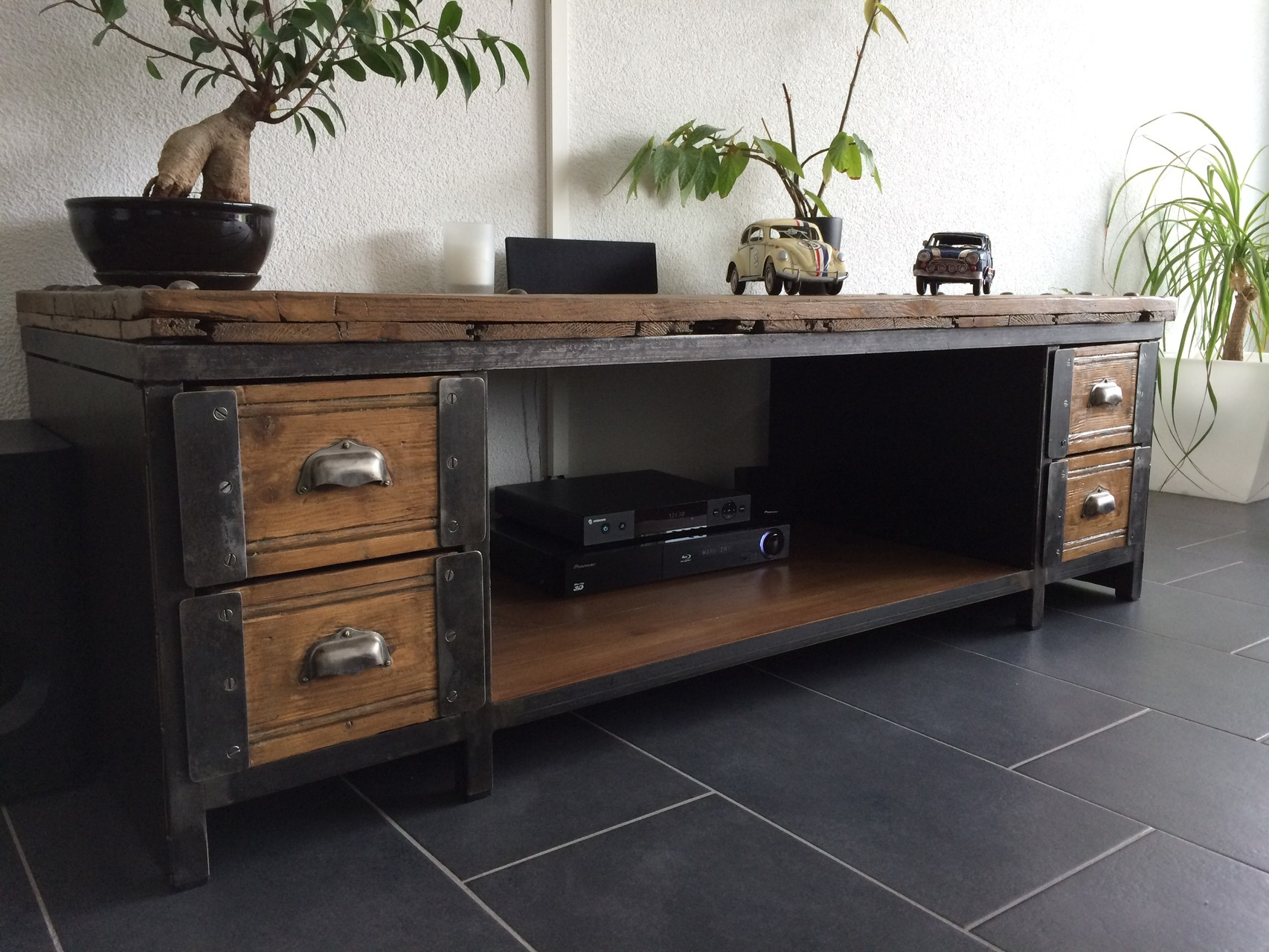 table basse meuble tv industriel