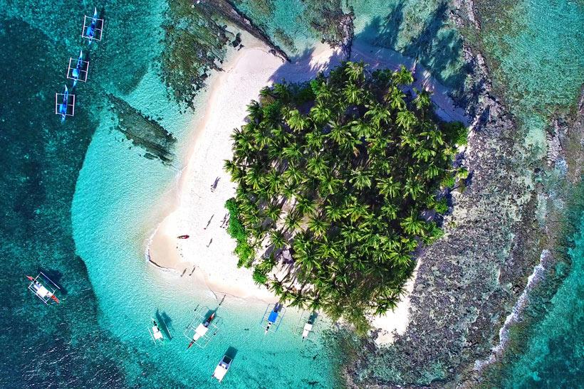 Guyam Island, Siargao, Philippines © Sabrina Iovino | via @Just1WayTicket