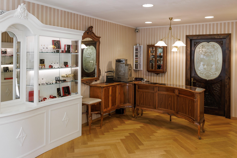 ber uns  Goldschmiede Backhaus in Erfurt