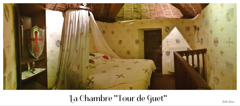 La Tour de Guet  Chambres mdivales  1H du Puy du Fou et du Marais poitevin insolite