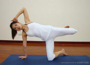 瑜珈教學43-腿部雕塑-單腿側踢   JYOGA樂活瑜珈 你今天做瑜珈了嗎?