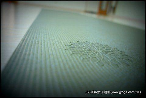 為什麼需要瑜珈墊?如何選瑜珈墊|瑜珈墊|Easyoga瑜珈墊 | JYOGA樂活瑜珈 你今天做瑜珈了嗎?