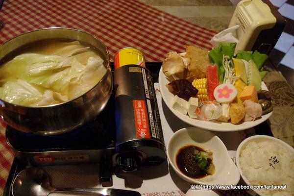 【臺中東海】兩棵樹-適合聚餐的簡餐形式餐廳 (火鍋、義大利麵) - 嵐嵐的饗樂生活誌