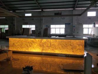 China Luxury Modern Fancy Design U Shape LED Translucent Bar Counter for Restaurant China Bar Counter Restaurant Bar Counter