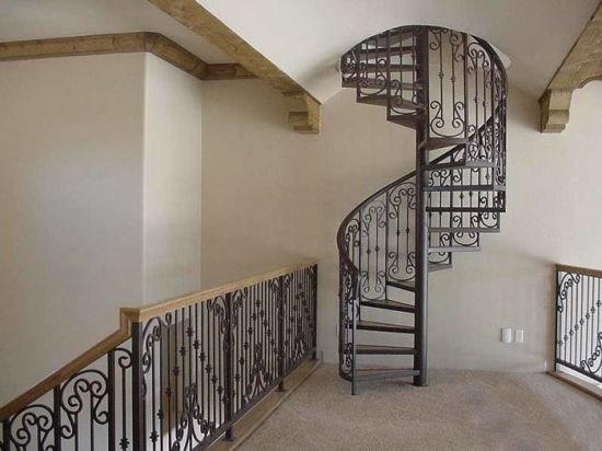 China Mild Steel Cast Wrought Iron Spiral Stair Railing Design | Wrought Iron Spiral Staircase | Wood | Gothic | Small | Mezzanine | Internal