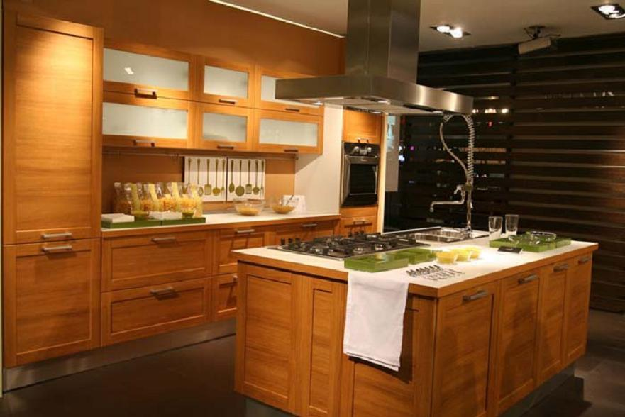 China Modern Solid Wood Kitchen Cabinet