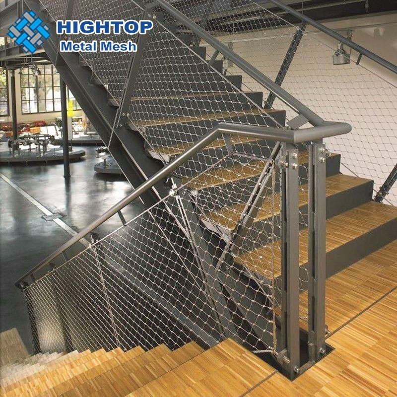 China Stainless Steel Wire Rope Mesh For Stair Railing Safety Nets | Wire Mesh Stair Railing | Exterior Perforated Metal | Galvanized Mesh | Staircase | Modern | Mesh Balustrade