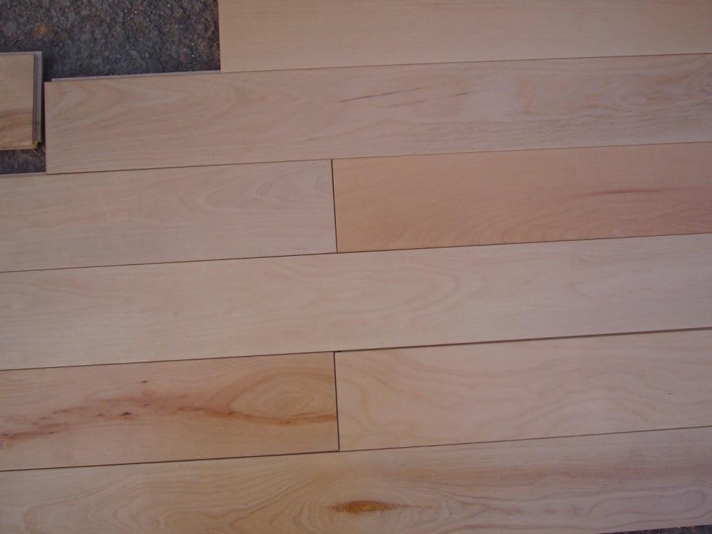 China Solid Birch Flooring