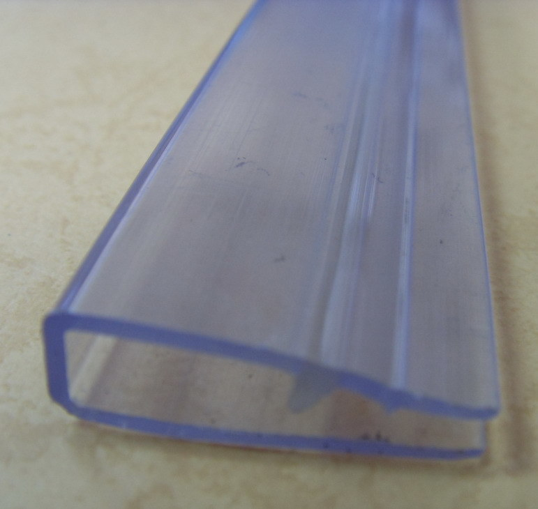 China Clear Plastic Clip Transparent Clip Photos  Pictures  madeinchinacom