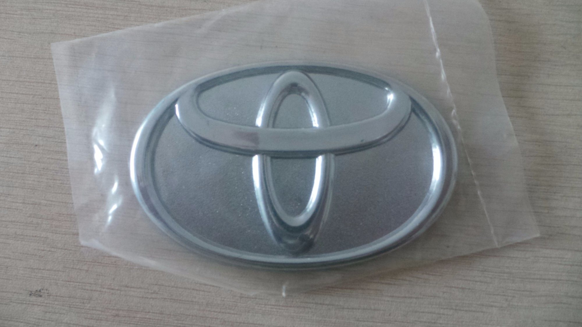hight resolution of china logo badge silver chrome steering wheel car emblem sticker for toyota china toyota emblem logo emblem manufacturer