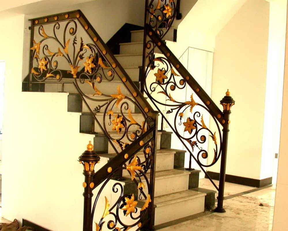 China Wrought Iron Stair Railing Design China Wrought Iron Stair   Wrought Iron Stair Railing   Diy   Staircase   Simple   Silver   Horizontal
