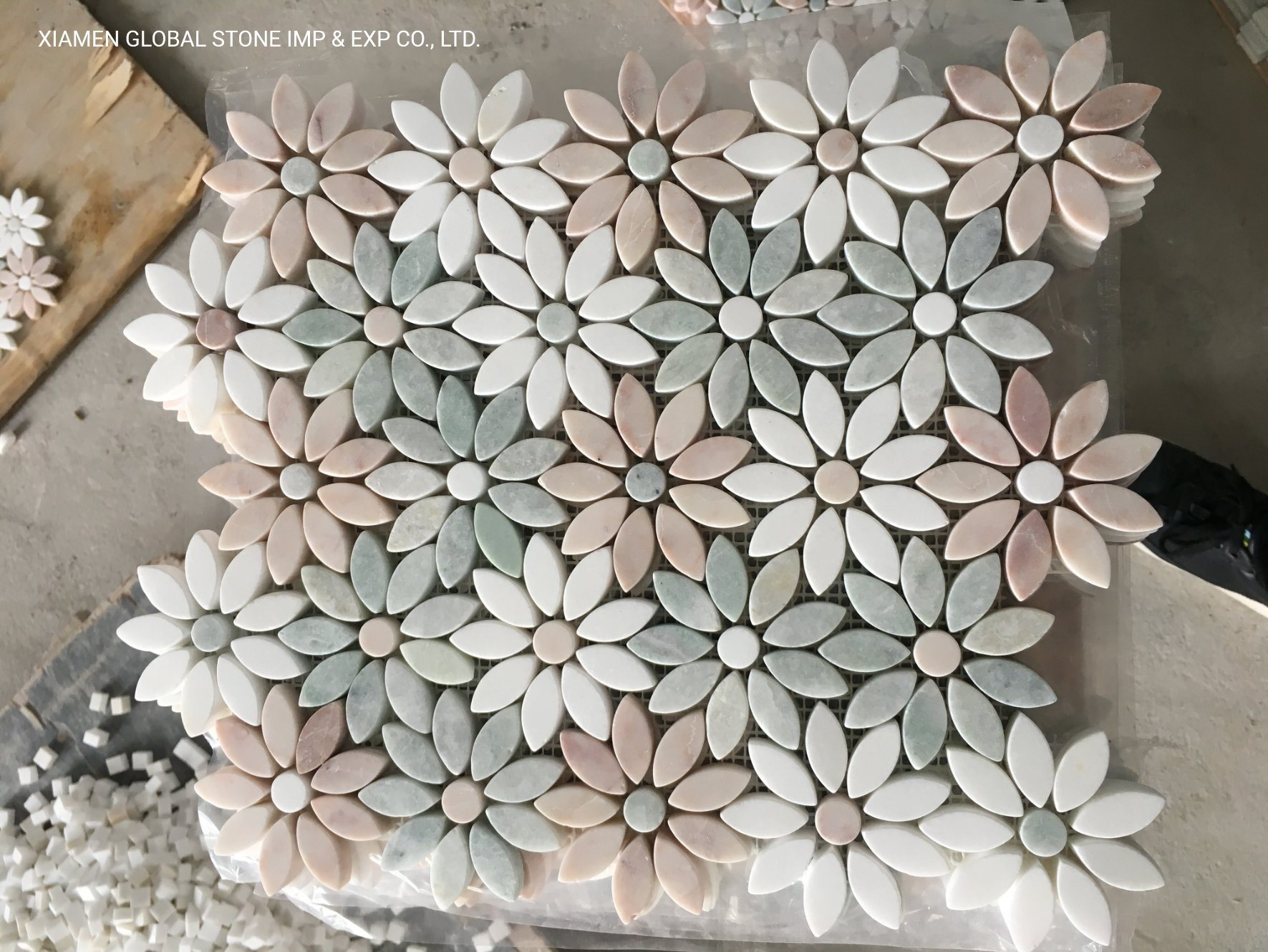 china mixed color daisy flower pattern