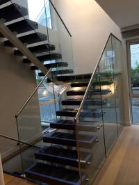 China Staircase Railing Designs with Glass Staircase Glass