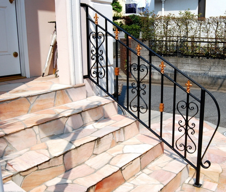 China Wholesale Outdoor Wrought Iron Stair Railing China Wrought   Wrought Iron Handrails For Outdoor Steps   Patio   Deck   Rustic Iron   Contemporary   Pipe