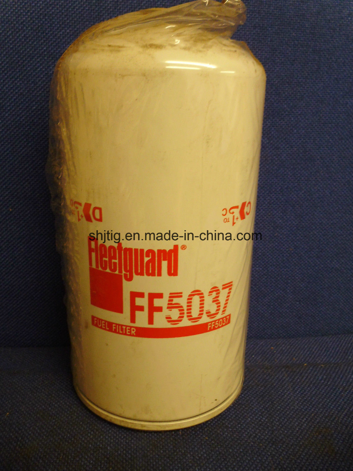hight resolution of china ff5037 fuel filter spin on for dresser komatsu terex equipment detroit diesel engines china fuel filter oil filter