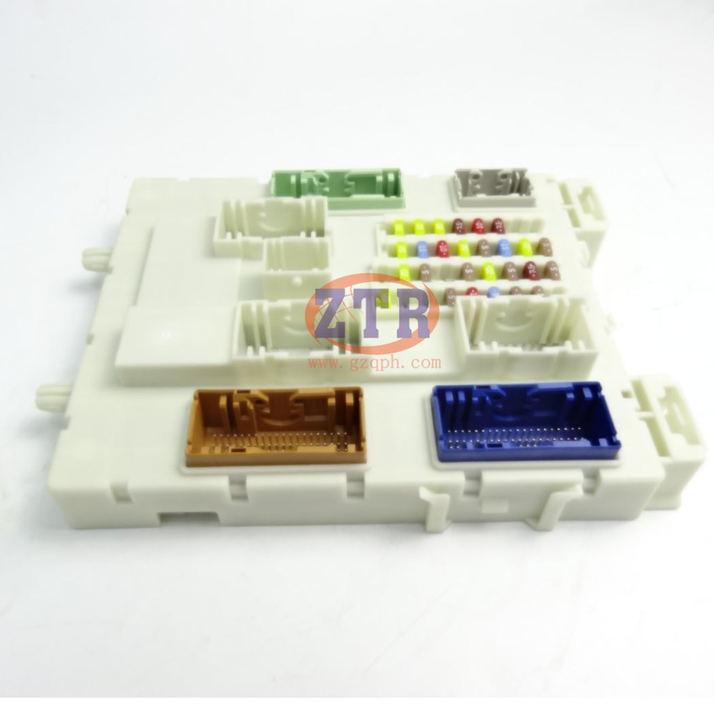 medium resolution of china auto parts fuse junction box for ford ranger 2012 2015 db39 14a073 be china fuse holder car fuses