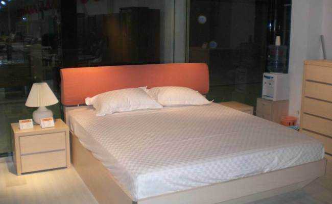China Modern Design Double Bed With Upholstery Bedhead