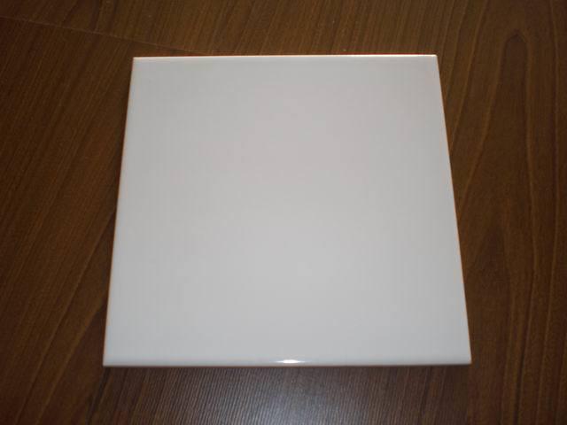 Mattonelle di ceramica lucide delle mattonelle bianche della parete 15X15 20X20cm AAA