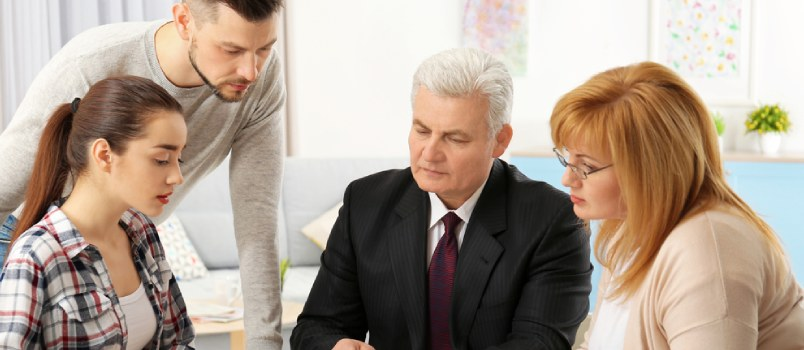 5 Things To Keep In Mind While Choosing Family Lawyer