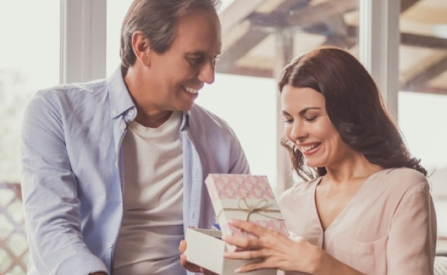 Wedding Anniversary Gift Ideas For Wife