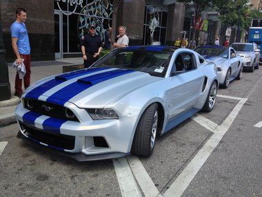 Video Need for Speed Ford Mustang tears through