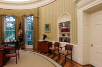 New Oval Office rug made in West Michigan takes center ...