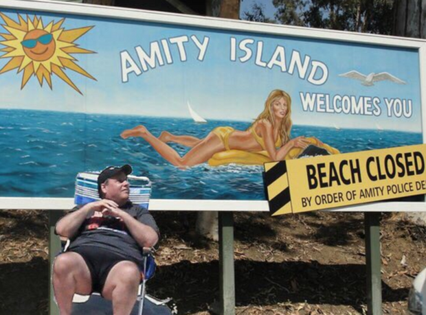 The Chris Christie Photoshop battle is the best thing