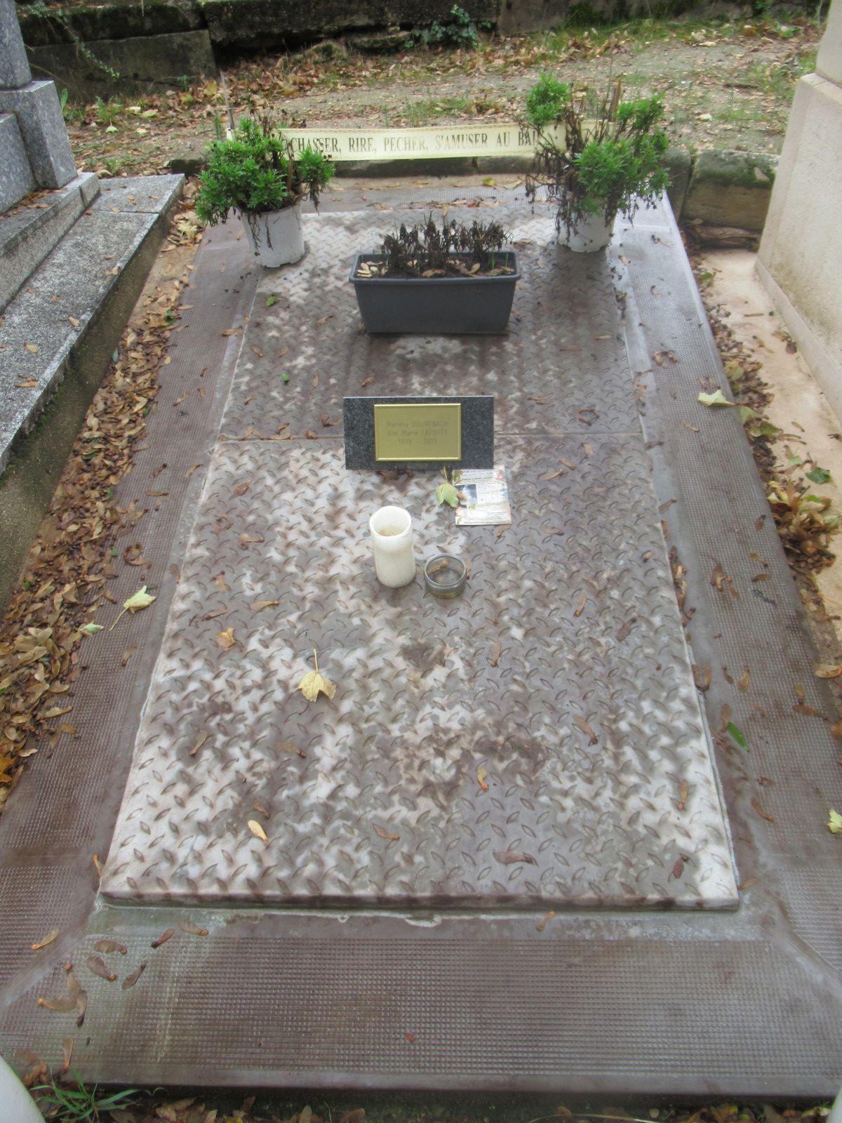 Tombe De Marie Laforet : tombe, marie, laforet, Cowboy, Paris, Oct.2020, Après, 13ans, D'absence, Saloon, 1970-80..., DALLAS, Saône