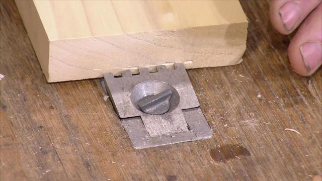 ... : Viceless Devices   Watch The Woodwrights Shop Online   PBS Video