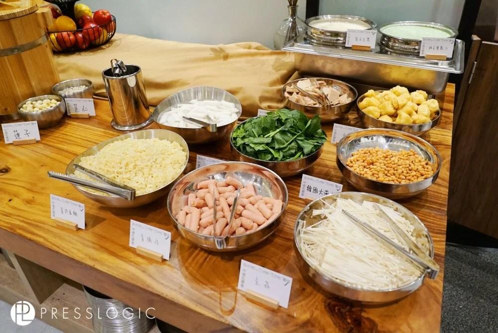 晚市$168半自助韓國素食!DIY年糕鍋,拌飯,甜品任食!素食主菜超高質~ | HolidaySmart 假期日常