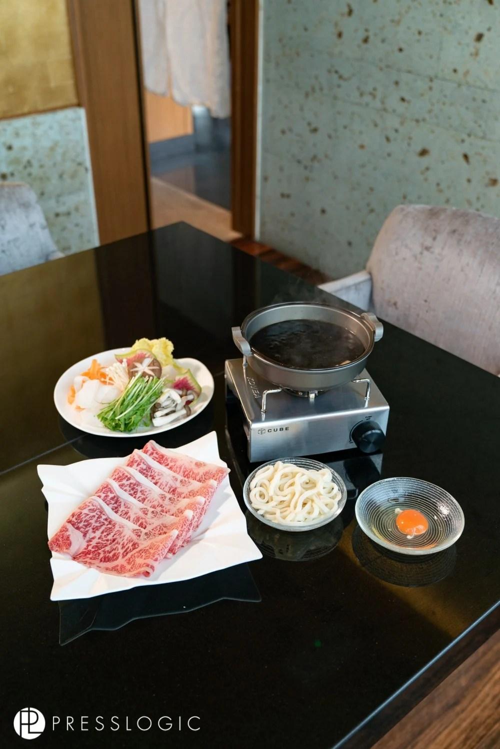 銅鑼灣A5和牛壽喜燒Shabu Shabu! 95%日本直送食材,和牛入口超滑超肥美! 華味鳥地雞超鮮味~ | HolidaySmart 假期日常