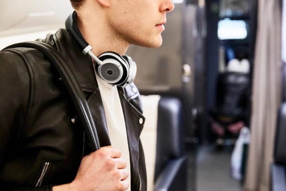 【都市之選】Master & Dynamic推出無線頭戴耳機MW65!在街上從也能享受究極聽覺體驗! | MENELECT