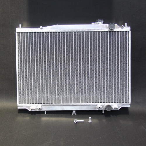 small resolution of details about aluminum radiator for nissan navara d22 1997 05 3 0l turbo diesel 3 3l v6 petrol