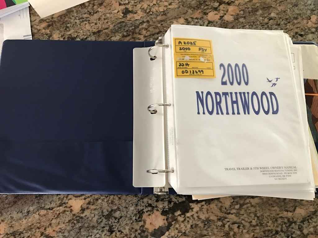 california sofa mfg left side sectional 2000 used northwood arctic fox 22h travel trailer in ...