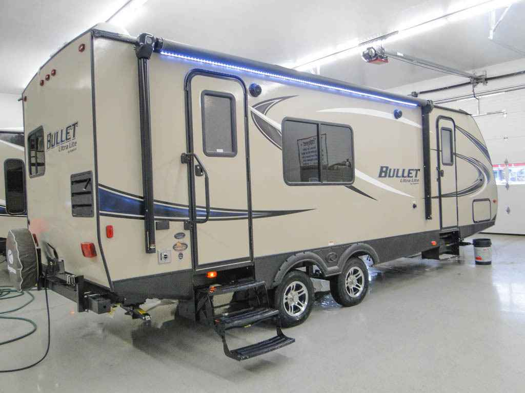 travel trailers with rear kitchen bar stools for islands 2017 new keystone bullet 248rks