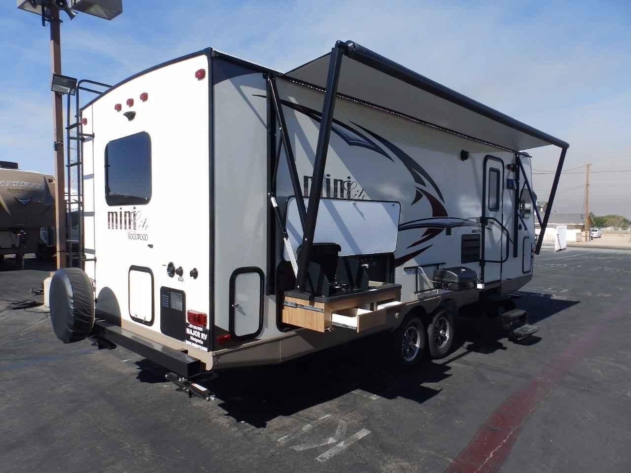 travel trailer v front 3 phase wiring for dummies 2017 new rockwood 2506s 1 slide kitchen sapphire