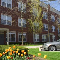Whitehall Place Apartments  Parkline Drive  Pittsburgh PA Apartments for Rent  Rentcom