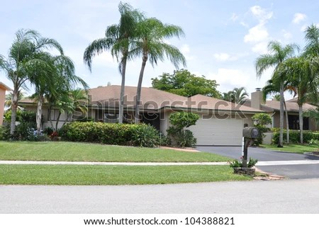 suburban tropical climate ranch