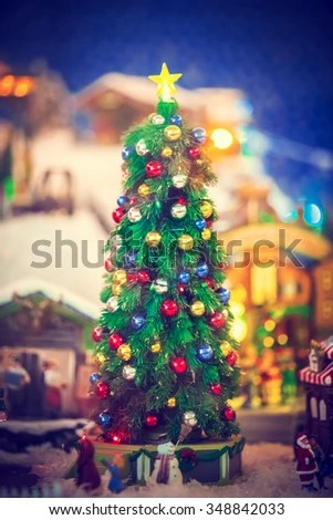 beautiful living rooms at christmas room sets to go decorated tree ez canvas