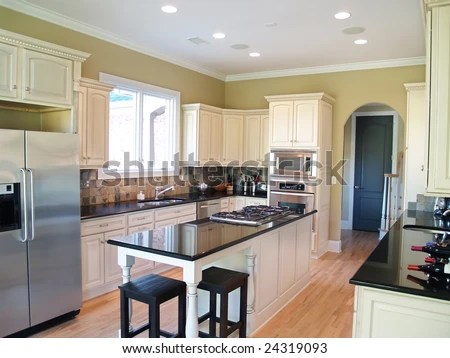 What do cabinet makers charge per foot for Average cost per linear foot for kitchen cabinets
