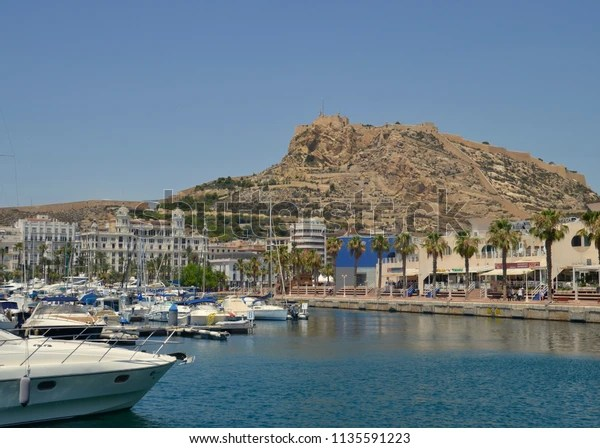 alicante harbour luxury yachting