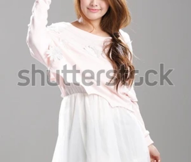 Asian Woman Posing In Adaptable Strapless Tube Top Slim Long Sleeve One Piece Dresses